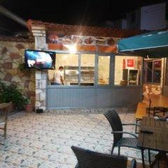 Отель Ronaldo Албания, Ксамил - отзывы, цены и фото номеров - забронировать отель Ronaldo онлайн гостиничный бар