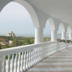 Dolphin Hotel пляж