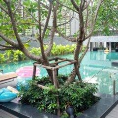 Отель Seed Siam Memories Condominium Бангкок бассейн
