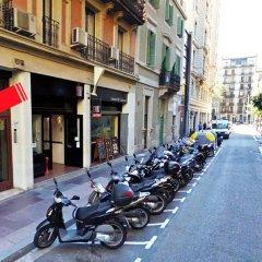 Отель Mora Rooms Барселона