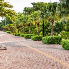 Отель Cholchan Pattaya Beach Resort фото 10