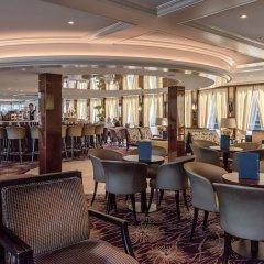 Отель Hotelships Holland - MS Charles Dickens Германия, Кёльн - отзывы, цены и фото номеров - забронировать отель Hotelships Holland - MS Charles Dickens онлайн гостиничный бар