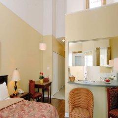 Отель Robson Suites Канада, Ванкувер - отзывы, цены и фото номеров - забронировать отель Robson Suites онлайн комната для гостей фото 5
