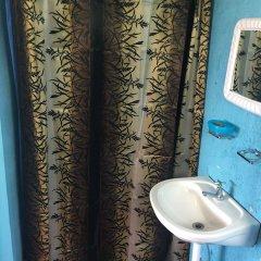 Отель Waikiki Guest House Треже-Бич ванная