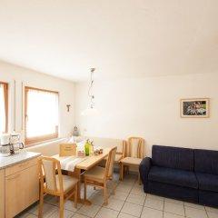 Отель Appartements Kirchtalhof Лана комната для гостей фото 5