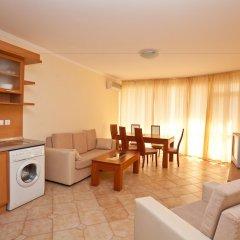 Апартаменты Central Plaza Apartment Солнечный берег комната для гостей фото 5