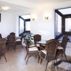 Отель Aneli Hotel Болгария, Банско - отзывы, цены и фото номеров - забронировать отель Aneli Hotel онлайн питание фото 2