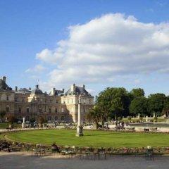 Отель Cujas Pantheon Франция, Париж - отзывы, цены и фото номеров - забронировать отель Cujas Pantheon онлайн спортивное сооружение