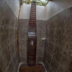 Отель Barefoot Manta Island сауна