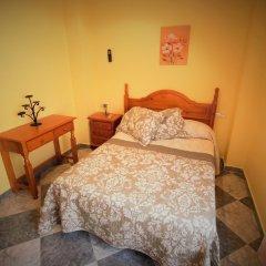 Отель Hostal Puerta de Monfragüe комната для гостей фото 4