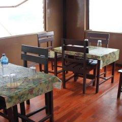Отель Stupa Resort Nagarkot Непал, Нагаркот - отзывы, цены и фото номеров - забронировать отель Stupa Resort Nagarkot онлайн питание фото 2