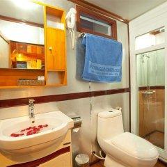 Отель Alova Gold Cruises Halong ванная