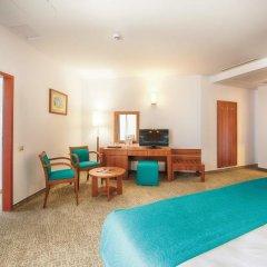 Отель Riu Helios Bay Болгария, Аврен - отзывы, цены и фото номеров - забронировать отель Riu Helios Bay онлайн удобства в номере фото 2