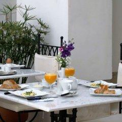 Отель Riad Chi-Chi Марокко, Марракеш - отзывы, цены и фото номеров - забронировать отель Riad Chi-Chi онлайн питание фото 3