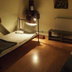 Отель Hostel Baza 15 Польша, Вроцлав - отзывы, цены и фото номеров - забронировать отель Hostel Baza 15 онлайн комната для гостей фото 3