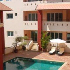 Апартаменты Rm Wiwat Apartment бассейн