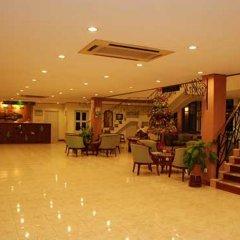 Отель Mandalay Swan интерьер отеля