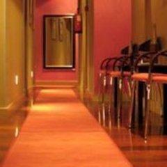 Отель Madrid House интерьер отеля