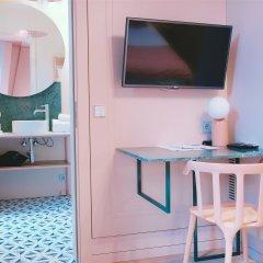 Отель Redstone Boutique Hotel Латвия, Рига - отзывы, цены и фото номеров - забронировать отель Redstone Boutique Hotel онлайн удобства в номере фото 2
