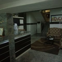 Отель Top Rank Hotel Galaxy Enugu Нигерия, Энугу - отзывы, цены и фото номеров - забронировать отель Top Rank Hotel Galaxy Enugu онлайн интерьер отеля