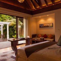 Отель Furaveri Island Resort & Spa интерьер отеля фото 3