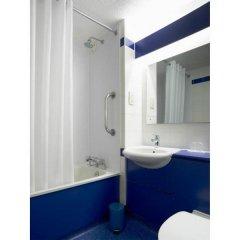 Отель Travelodge Southampton Central ванная фото 2