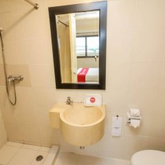 Отель Nida Rooms Talat Yai Robinson Ocean Пхукет ванная фото 2