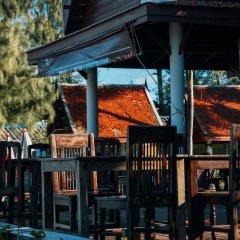 Отель Royal Lanta Resort & Spa гостиничный бар
