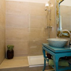 Апартаменты The Rooms Apartments ванная фото 2
