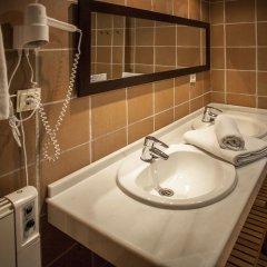 Отель Apartamentos Boabdil ванная