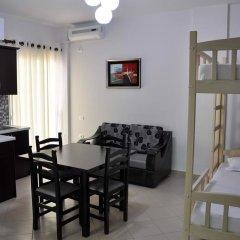 Отель Villa Qendra Албания, Ксамил - отзывы, цены и фото номеров - забронировать отель Villa Qendra онлайн комната для гостей фото 3