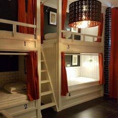Отель Hostel Galia Бельгия, Брюссель - отзывы, цены и фото номеров - забронировать отель Hostel Galia онлайн ванная фото 2
