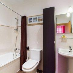 Отель Apartamentos Living Valencia Валенсия ванная фото 2