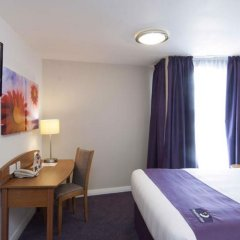 Отель Premier Inn Glasgow - Cumbernauld удобства в номере