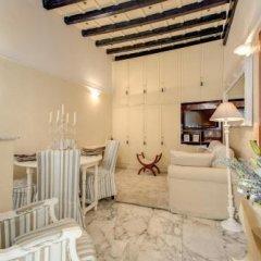 Отель Holiday-in Trevi комната для гостей фото 2