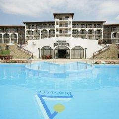 Отель Мельница Болгария, Свети Влас - отзывы, цены и фото номеров - забронировать отель Мельница онлайн бассейн фото 2