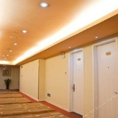 Отель Home Inn Shenzhen Bao'an South Road Шэньчжэнь интерьер отеля фото 3