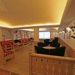 Hotel Valacia Долина Валь-ди-Фасса интерьер отеля