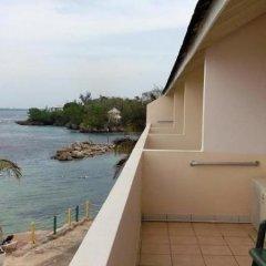 Отель Club Ambiance - Adults Only Ямайка, Ранавей-Бей - отзывы, цены и фото номеров - забронировать отель Club Ambiance - Adults Only онлайн балкон