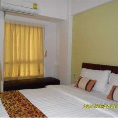 Отель The Nararam 3 Suite Бангкок комната для гостей