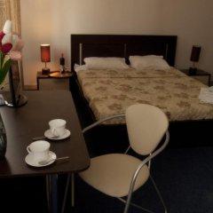 Гостиница Евразия сейф в номере