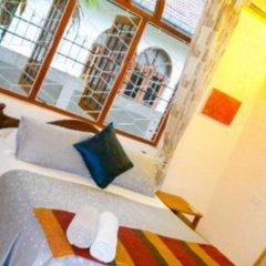 Отель Serendib Guest House бассейн фото 3
