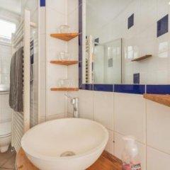 Отель Pick A Flat - Residence Du 28 Caire / Montorgueil Франция, Париж - отзывы, цены и фото номеров - забронировать отель Pick A Flat - Residence Du 28 Caire / Montorgueil онлайн ванная фото 2