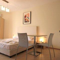 Отель Menada Grand Resort Apartments Болгария, Дюны - отзывы, цены и фото номеров - забронировать отель Menada Grand Resort Apartments онлайн удобства в номере фото 2