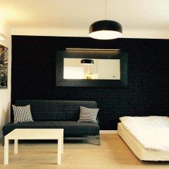 Апартаменты Bizzi LuxCenter View Studio комната для гостей