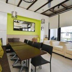 ZEN Hostel Mosque Street Сингапур интерьер отеля