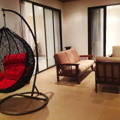 Отель Phoenix Lakeside Pool Villa комната для гостей