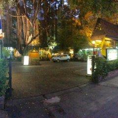 Отель Miku Guesthouse Бангкок парковка