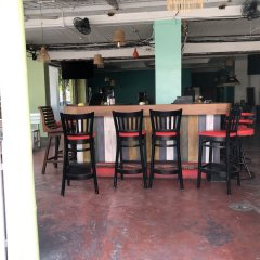 Super Green Hotel гостиничный бар