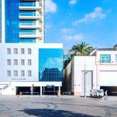 Апартаменты One Perfect Stay Studio Burj Al Nujoom парковка